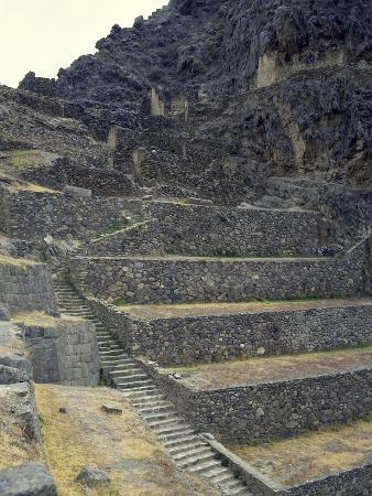 the-staircase-leading-to-the-fortress-in-sacred-valley-of-incas