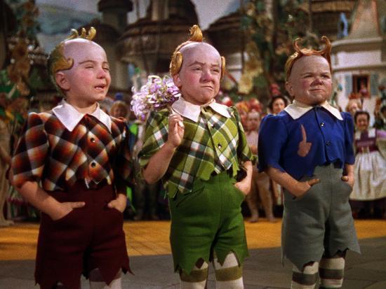 the-wizard-of-oz-from-left-jerry-maren-harry-earles-1939