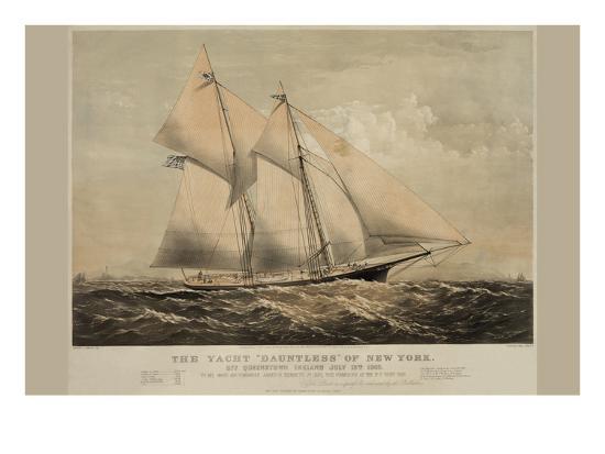 the-yacht-dauntless-of-new-york