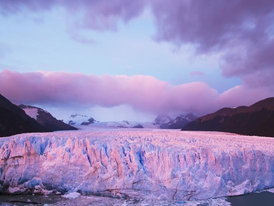 theo-allofs-perito-moreno-glacier-at-sunrise