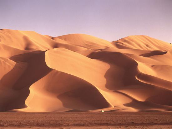 thonig-sand-dunes-in-the-erg