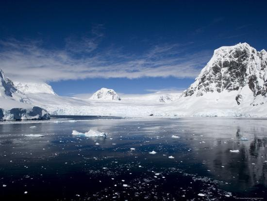 thorsten-milse-lemaire-channel-weddell-sea-antarctic-peninsula-antarctica-polar-regions