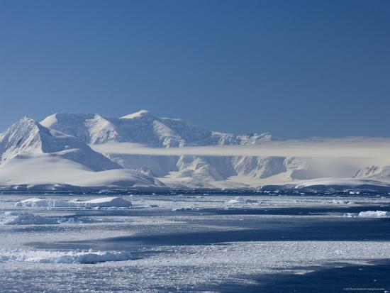 thorsten-milse-pack-ice-weddell-sea-antarctic-peninsula-antarctica-polar-regions