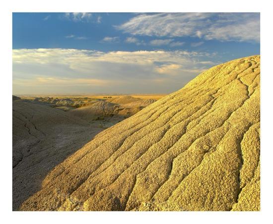 tim-fitzharris-detail-of-erosional-feature-badlands-national-park-south-dakota