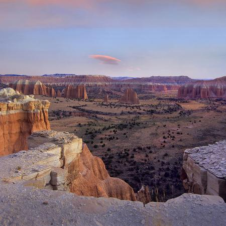 tim-fitzharris-sunset-at-upper-cathedral-valley-capitol-reef-national-park-utah