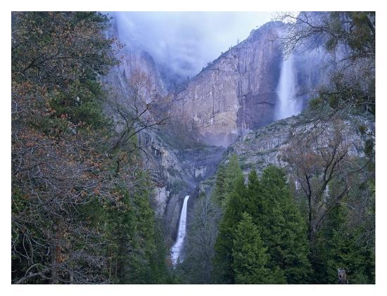 tim-fitzharris-yosemite-falls-in-spring-yosemite-national-park-california
