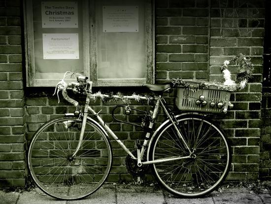 tim-kahane-12-days-of-christmas-bicycle