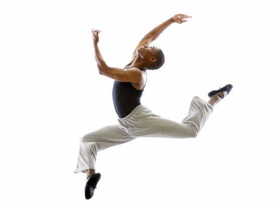 tim-pannell-ballet-dancer-mid-air-in-jump