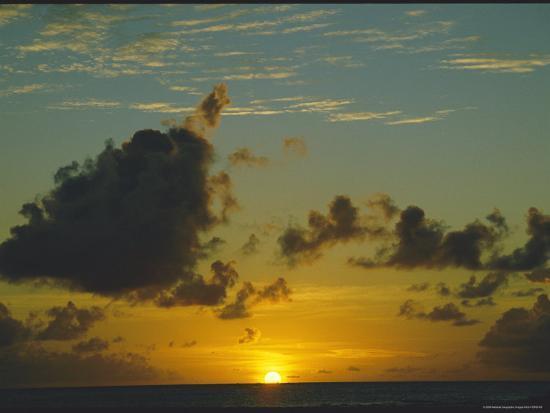 todd-gipstein-sunset-seen-from-saint-martin-island