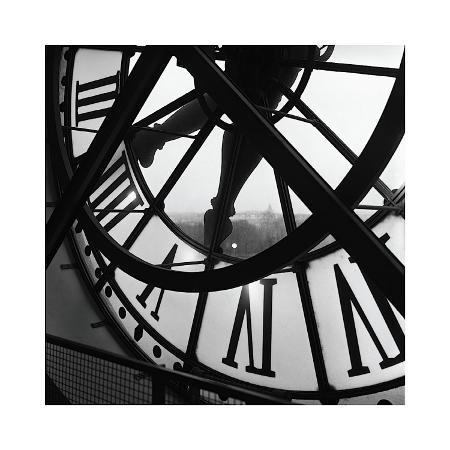 tom-artin-orsay-clock