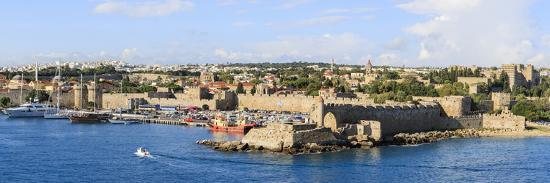 tom-norring-panorama-rhodes-town-harbor-rhodes-greece