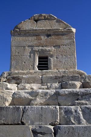 tomb-of-cyrus-great-pasargad