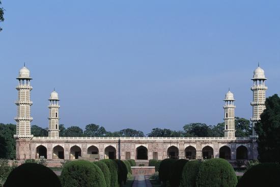 tomb-of-jahangir