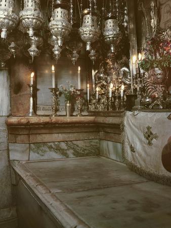 tomb-of-jesus