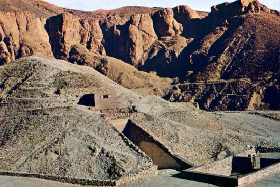 tomb-of-tutankhamun-karnak-luxor-egypt