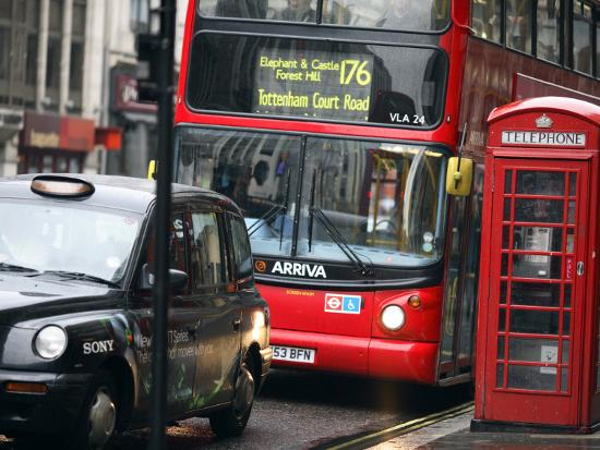 tony-burns-london-buses-and-taxis-in-heavy-traffic