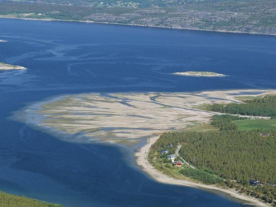 tony-waltham-delta-of-sand-at-river-mouth-kvaenangen-sorfjord-north-norway-scandinavia