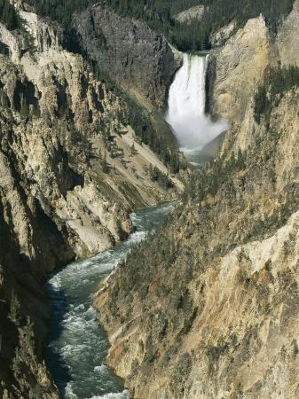 tony-waltham-lower-falls-94m-high-grand-canyon-of-the-yellowstone-river-yellowstone-national-park-wyoming