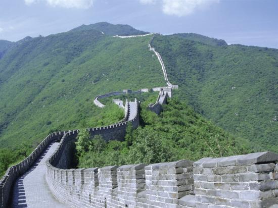 tony-waltham-restored-section-of-the-great-wall-changcheng-northeast-of-beijing-mutianyu-china