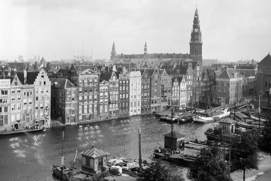 tourist-photo-in-the-netherlands-ca-1910