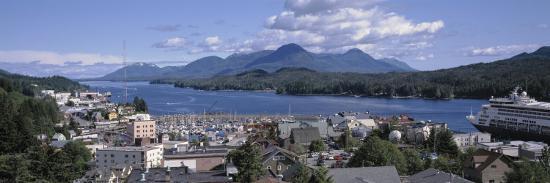 town-by-the-water-ketchikan-alaska-usa