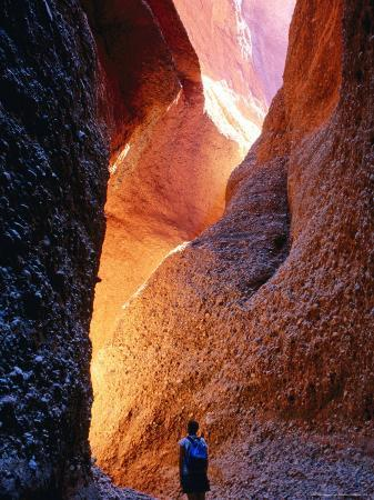 trevor-creighton-standing-in-echidna-chasm-a-beehive-rock-formation-of-bungle-bungles-purnululu-np-australia