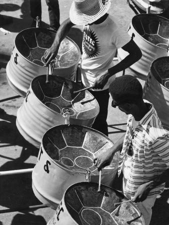 trinidad-carnival-band
