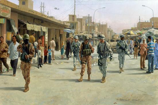 troops-patrolling-market-in-iraq
