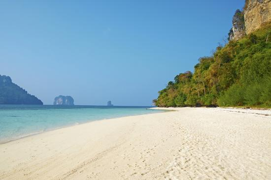 tuul-ao-phra-nang-bay-ko-poda-island-krabi-province-thailand-southeast-asia-asia
