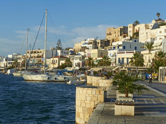 tuul-the-chora-hora-naxos-cyclades-islands-greek-islands-aegean-sea-greece-europe
