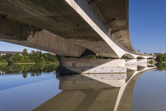 udo-siebig-germany-bavaria-lower-bavaria-inn-pocking-a3-e56-inn-highway-bridge