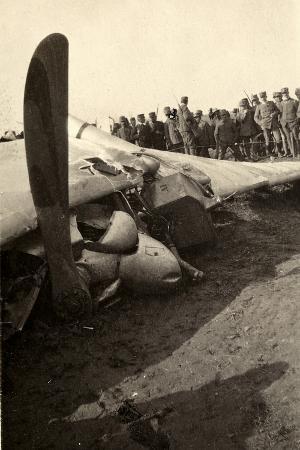 ugo-ojetti-detail-of-a-fallen-austrian-airplane-in-friuli-during-world-war-i