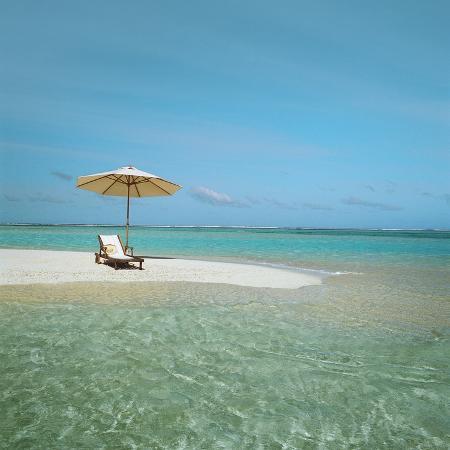umbrella-and-beach-chair-on-the-beach