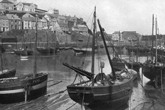 underwood-mevagissey-harbour-cornwall-1924-1926