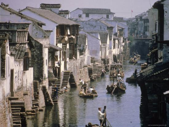 ursula-gahwiler-ancient-canal-in-the-city-part-of-the-great-canal-the-longest-in-china-soochow-suzhou-china