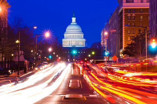 us-capitol-building-at-dusk-pennsylvania-avenue-washington-dc-usa
