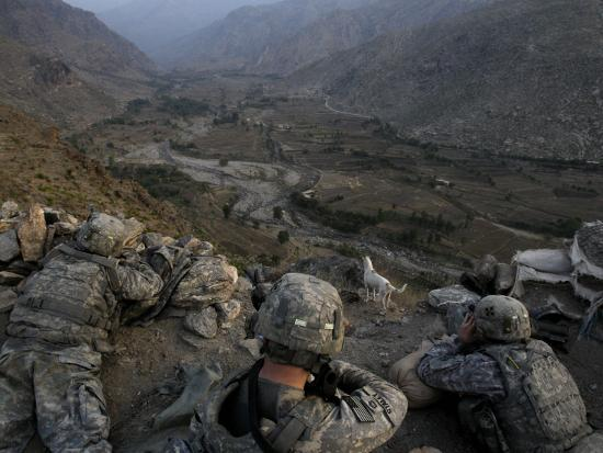 us-soldiers-take-an-overwatch-position-on-a-mountain-top-in-the-pech-valley-afghanistan