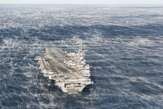 uss-george-h-w-bush-sails-in-the-atlantic-ocean