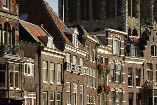 utrecht-buildings-at-the-historic-center