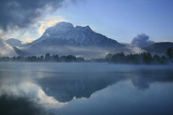 uwe-steffens-germany-bavaria-fog-over-the-forggensee-lake-near-f-ssen-mountain-sshuling