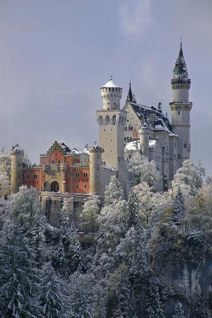 uwe-steffens-germany-bavaria-neuschwanstein-castle-in-winter-morning-fog-schwangau-near-f-ssen