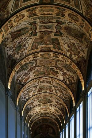 vault-from-first-floor-gallery-lateran-palace-rome-vatican-city-italy-16th-century