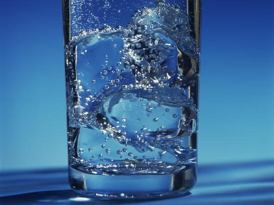 victor-de-schwanberg-glass-of-water-and-ice