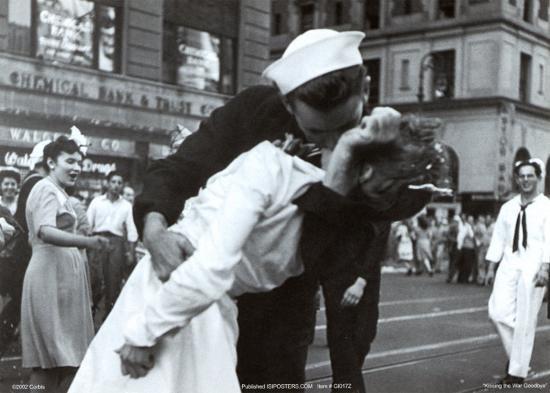 victor-jorgensen-kissing-the-war-goodbye