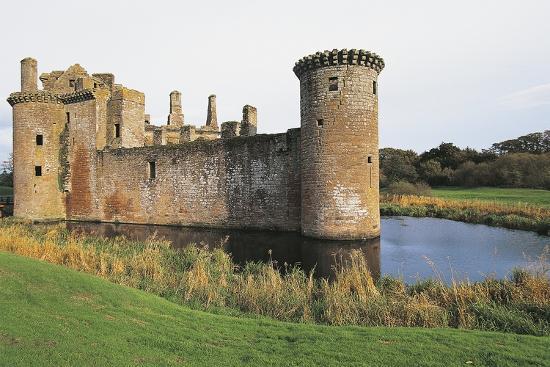 view-of-caerlaverock-castle-13th-century-dumfries-scotland-united-kingdom