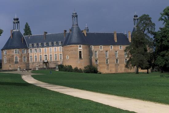view-of-castle-of-saint-fargeau-burgundy-france-15th-17th-century