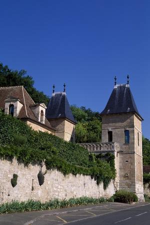 view-of-chateau-de-medan-ile-de-france-france-15th-19th-century