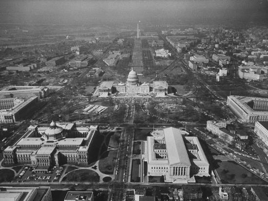 view-of-the-capitol-building