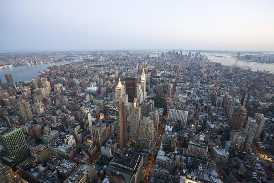 view-over-new-york-from-the-empire-state-building-350-fifth-avenue