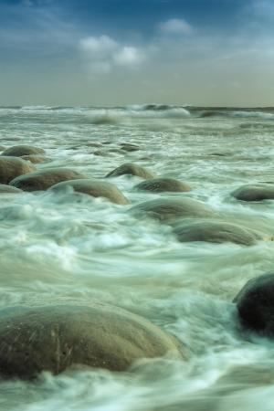 vincent-james-bowling-ball-beach-forms